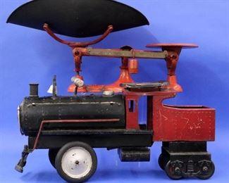 """""""Keystone"""" locomotive toy, Cast iron scale"""
