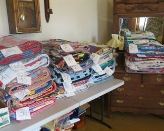 47 COUNTRY QUILTS BUT WHO'S COUNTING.
