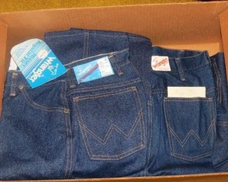 NEW SIZE 12 AND 14 LADY WRANGLERS.  AND 36X32 MENS WRANGLERS.