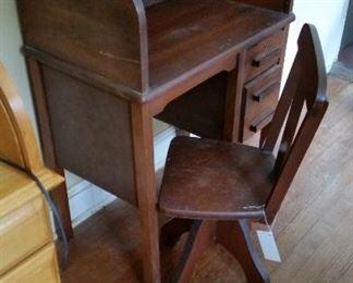 child desk swivel ch