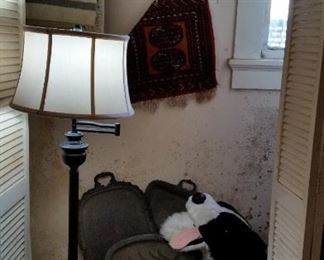 lamp, sil. pl, rugs