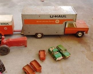 Great vintage metal U haul truck