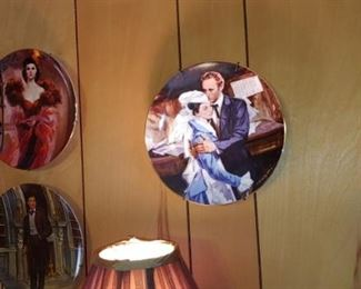 Large selection of collector Gone With the Wind plates