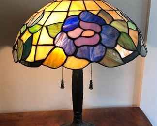 """Lovely stained glass lamp - 22"""" tall, shade is 16"""" across. (lamp is not old)"""