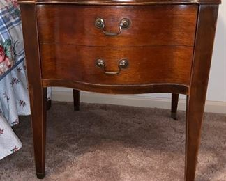 End table with leather top