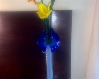 Murano glass vase with glass flowers