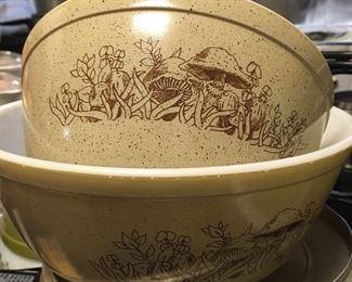 Vintage Pyrex Forest Fancies mixing bowls