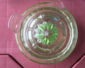 Vintage Federal glass green juicer reamer