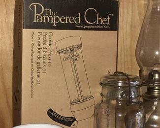 Pampered Chef Cookie Press (NIB)