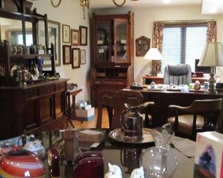 Eastlake and Victorian furnishings