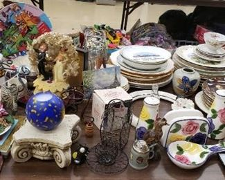 Decor Ranging from Vintage to Modern