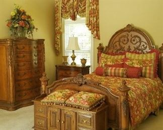 Another view of this great bedroom set