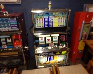 REAL Slot Machines that work!!!!!! Take one Home!
