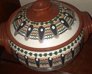 Covered ceramic dish