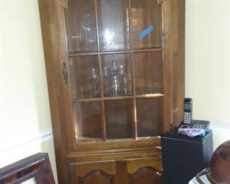 Corner cabinet, lighted
