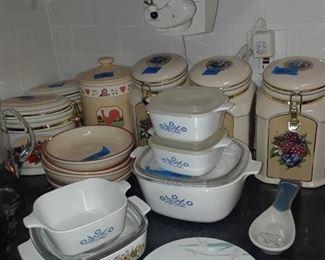 Corning ware casseroles