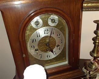 Lovely mantle clock with Westminister chimes