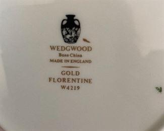 """•Like new Wedgewood (England made) """"Gold Florentine"""" bone china set for 8"""
