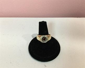Yellow gold, Diamond and Ruby ring