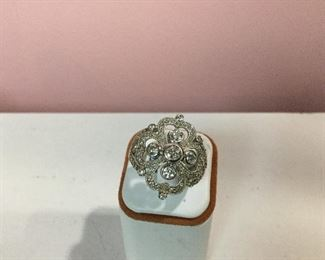 White gold and diamond cluster ring