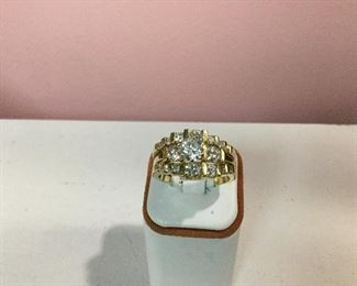 Yellow gold and diamond bridal set