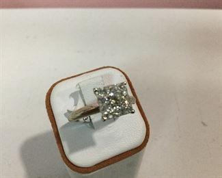 Yellow gold diamond cluster ring