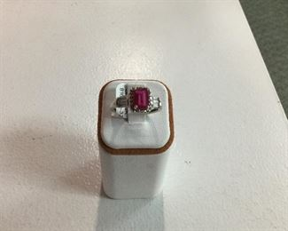 White gold, synthetic ruby and diamond ring