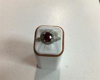 White gold, tourmaline and diamond ring