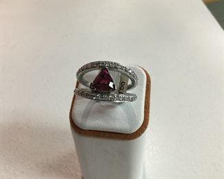 White gold, pink tourmaline and diamond ring