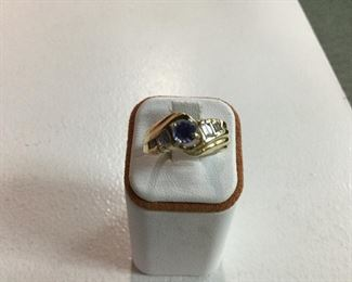 Yellow gold, tanzanite and diamond ring