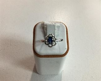 White gold and sapphire ring