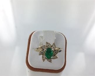 Yellow gold, emerald and diamond ring