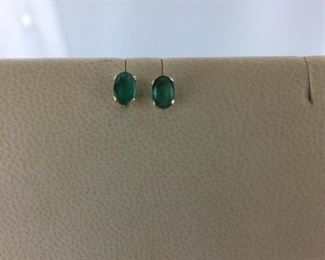 Yellow gold and emerald earrings
