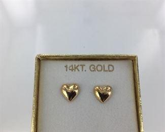 Yellow gold heart shaped earrings
