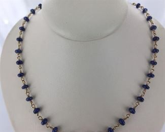 Yellow gold and sapphire necklace