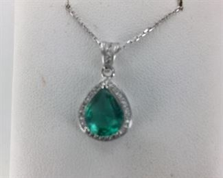 SS green and white cz necklace