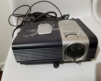 Ben Q PB6100 PROJECTOR with screen.  In excellent condition.