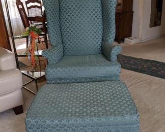 Grn Chair