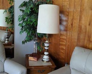 Lamp Tbl