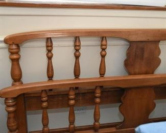 King Size Bed - Headboard & Foot Board with Spindles