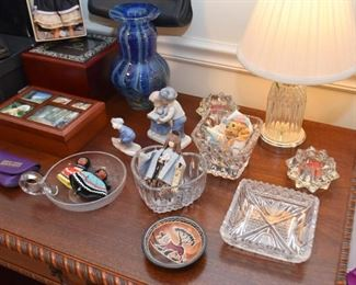Figurines, Vases, Jewelry Boxes, Glassware & Crystal Table Lamp, Etc.