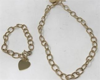 14K Hearts and Chains https://ctbids.com/#!/description/share/267447