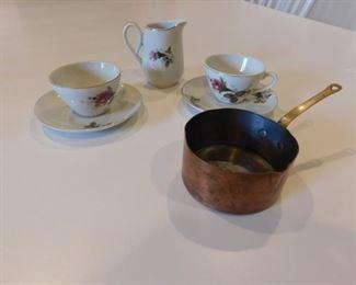 Tea Set And a Copper Pot Lot #: 47
