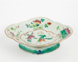 101: 19th c. Chinese Canton Famille Rose Porcelain Compote