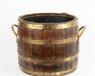 172: 19th c. English Oak Barrel with Brass Bands and Liner