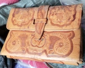 Toiled leather purse