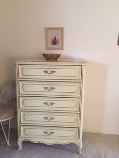 French Provincial Tall 5 Drawer Dresser