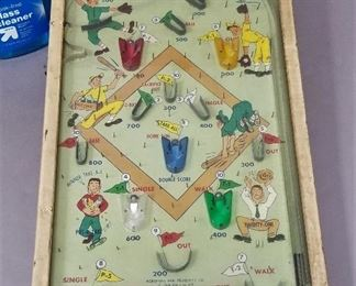 vintage table top pinball - Battery op