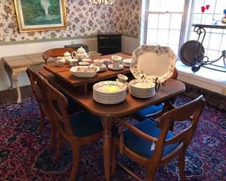 Mid century table/chairs