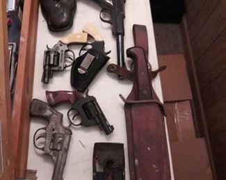 Starter Pistols,  BB Gun, Cap Guns